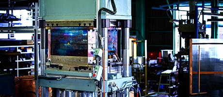 熱硬化性・熱可塑性・成形設備・技術